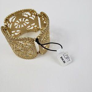 LOFT NWT 🎉🎉 gold tone laced bracelet